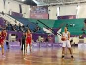 Basket Putri Bali (merah) saat bersua dengan tim basket dari Sulawesi Selatan (putih) - foto: Istimewa