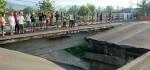 Rubuhnya Jembatan Tukad Aya, Kadis PU Bali: Mendesak Untuk Segera Diperbaiki