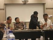 Sosialisasi peran KPPU dalam  mengawasi UU No 5 tahun 1999 tentang larangan praktek monopoli dan persaingan tidak sehat di Hotel Alila, Solo - foto: Djoko Judiantoro/Koranjuri.com