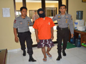 Ar, ditahan karena bawa sabu-sabu - foto: Sujono/Koranjuri.com