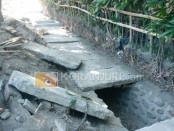 Proyek Pemeliharaan Berkala Jalan Provinsi Denpasar-Sanur dimungkinkan menggunakan material sisa bongkaran yang masih layak dimanfaatkan ulang - foto: Wahyu Siswadi/Koranjuri.com