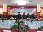 Ketua PN Melantik Ketua DPRD Kabupaten Rote Ndao Alfred Saudila pada Rapat Paripurna Istimewa - foto:ist