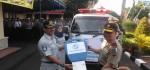 Jasa Raharja Berikan Bantuan Mobil Ambulan Ke Polda DIY