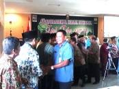 Suasana acara silaturahmi dan halal bihalal Idul Fitri 1437 H keluarga besar Dinsosnakertrans Kabupaten Purworejo di Gedung LLK Cangkrep, Selasa (19/7) - foto: Sujono/Koranjuri.com