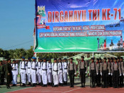 Apel peringatan HUT ke-71 TNI di Markas Komando Distrik Militer 15627 Rote, 5 Oktober 2016 - foto: Isak Doris Faot/Koranjuri.com