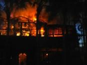 Restoran La Sicilia di jalan Kayu Aya Seminyak, Kuta terbakar habis pagi tadi, Sabtu, 29 Oktober 2016 - foto: Istimewa