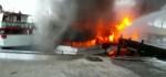 2 Kapal Ikan Terbakar Ketika Sandar di Pelabuhan Benoa