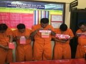 Lima pelaku pengedar narkona diamankan Tim Buser Satuan Reserse Narkoba Polresta Denpasar, Minggu, 26 Februari 2017 - foto: Istimewa