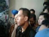 Mantan Juru Bicara Front Pembela Islam (FPI) memberikan keterangan usai diperiksa penyidik Direktorat Reserse Kriminal Khusus Polda Bali, Selasa, 14 Februari 2017 - foto: Suyanto/Koranjuri.com