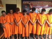 Tujuh tersangka pengedar narkoba diamankan tim dari Satuan Reserse Narkoba Polresta Denpasar - foto: Istimewa