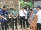 Gubernur Jateng Ganjar Pranowo saat mengunjungi lokasi TMMD Reguler ke 98 di Desa Wonosido, Pituruh – foto: Sujono/Koranjuri.com