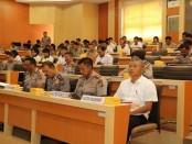 Rapat Awal Panitia Penerimaan Anggota Polri Tahun Anggaran 2017 di Gedung Rupatama Polda Bali, Senin (3/4) - foto: Istimewa