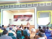 Sosialisasi 4 pilar MPR RI oleh DR H Bambang Sadono, SH, MH, di Hotel Plaza Purworejo, Minggu (7/5) - foto: Sujono/Koranjuri.com