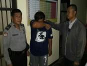 Tersangka penggelapan, JP, kini ditahan di Mapolsek Kebumen - foto: Sujono/Koranjuri.com