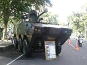 Kendaraan tempur milik TNI AD dipamerkan dalam gelar alutsista memperingati HUT ke-60 Kodam IX/Udayana - foto: Istimewa