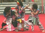 Pementasan Topeng Bondres dari Sanggar Rate Jual, Buleleng menyedot animo pengunjung PKB XXXIX di Kalangan Ayodhya, Taman Budaya Denpasar (Art Center) - foto: Istimewa