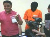 AS (40) ditangkap usai merapat di dermaga Pelabuhan Gilimanuk, Jembrana, Bali. Ia membawa sabu-sabu seberat 239 gram - foto: Istimewa