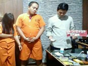 Sejoli pengedar narkoba yang ditangkap tim Buser Polsek Denpasar Selatan - foto: Istimewa