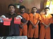 Ketiga pelaku penyalahguna narkoba ditangkap Satuan Reserse Narkoba Polresta Denpasar. Salah satunya berprofesi sebagai Pegawai Negeri Sipil - foto: Istimewa