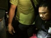 Jro Gede Swastika alias Mang Jangol ditangkap setelah hampir 2 pekan jadi buronan Polresta Denpasar dalam kasus kepemilikan sabu-sabu di rumahnya. Penangkapan Mang Jangol jadi tamparan keras sebagai oknum politisi dan sosok yang duduk menjabat sebagai wakil ketua DPRD Bali - foto: Istimewa