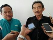 Ketua Yayasan Primakara, Made Artana (kiri) bersama Kepala Badan Kreatif Denpasar I Gusti Putu Anindya Putra (kanan) - foto: Koranjuri.com
