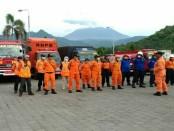 209 orang tim SAR gabungan siaga selama 24 jam penuh dan siap dikerahkan sewaktu-waktu. Dukungan personil juga datang dari Kantor Pencarian dan Pertolongan Surabaya - foto: Istimewa