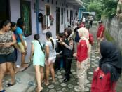 Razia Satnarkoba Polres Purworejo di kos-kosan Desa Grantung, Bayan, Minggu (31/12) - foto: Sujono/Koranjuri.com