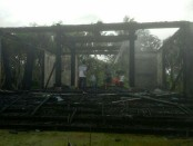Bangunan vila Kahyangan Estate yang ludes dilalap api - foto: Istimewa