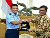 Kepala Staf Angkatan Udara (Kasau) Marsekal TNI Yuyu Sutisna, menyatakan TNI AU siap meningkatkan kemitraan dengan PT. Garuda Indonesia - foto: Istimewa
