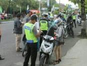Hari ke 18 pelaksanaan Operasi Keselamatan Jaya 2018, Polda Metro Jaya mencatat, pelanggaran yang terjadi sebanyak 39.282 - foto: Bob/Koranjuri.com
