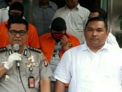 Tim Cyber Crime Dit Reskrimsus Polda Metro Jaya menangkap 3 anak muda yang berusia 21 tahun, mereka berinisial NA, KPS dan ATP - foto: Bob/Koranjuri.com