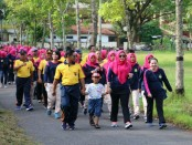 Suasana Jalan Sehat dan Out Bond Season II, yang digelar Polres Kebumen, Sabtu (31/3) - foto: Sujono/Koranjuri.com