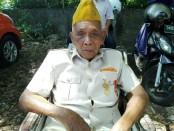 Sanusi, Purnayudha asal Singaraja yang kini berusia 111 tahun - foto: Koranjuri.com