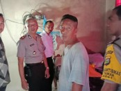 Polisi melakukan olah TKP di rumah korban Banjar Pegongan, Desa Taman, Kecamatan Abiansemal, Kabupaten Badung - foto: Istimewa