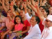 Pasangan calon Gubernur dan Wakil Gubernur Bali nomor urut 1, Wayan Koster-Tjok Oka Artha Ardhana Sukawati menggelar kampanye di Desa Bhuana Giri, Kecamatan Bebandem, Karangasem - foto: Istimewa