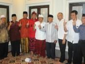 Puluhan tokoh umat Muslim Buleleng menyatakan dukunganya terhadap Pasangan Calon Koster-Ace - foto: Istimewa