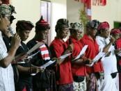 Setelah sebelumnya Kelompok Nelayan Simbar Segara Pemogan dan ratusan warga di Kelurahan Pemecutan, kini giliran tiga desa di Kecamatan Denpasar Utara menyatakan kebulatan tekad mendukung, memenangkan dan memilih Koster-Ace pada Pemilihan Gubernur (Pilgub) Bali 27 Juni 2018 - foto: Istimewa