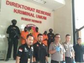 Pelaku yang ditangkap Polda Metro Jaya - foto: Bob/Koranjuri.com