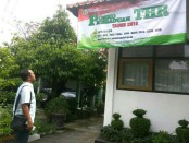 Posko pengaduan THR Dinperinaker Kabupaten Purworejo -  foto: Sujono/Koranjuri.com