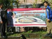 Pemasangan spanduk Asian Games Ke-18 di Kabupaten Bangli. Spanduk-spanduk itu untuk mendukung perhelatan olahraga se-Asia yang digelar di Palembang-Jakarta - foto: Istimewa