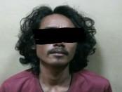 Pelaku yang ditangkap anggota Subnit Narkoba Polsek Tambora Polres Metro Jakarta Barat - foto: Istimewa