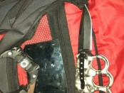 Barang bukti yang diamankan pelaku Curas kepada seorang penumpang angkutan umum Kopaja - foto: Istimewa