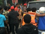 Upaya evakuasi terhadap korban selamat dalam musibah KM Sinar Bangun di Perairan Danau Toba, Senin, 18 Juni 2018 - foto: Istimewa