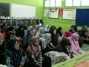 Kegiatan Malam Bina Iman dan Taqwa SMK Kesehatan Purworejo, Sabtu (2/6) - foto: Sujono/Koranjuri.com