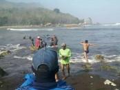 Kapal nelayan tenggelam terjadi di perairan Pelawangan Puger Kecamatan Puger Kabupaten Jember Provinsi Jawa Timur pada Kamis (18/7/2018) pukul 08.15 Wib - foto: Istimewa