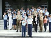 delegasi Australian Command and Staff College Colin East Award (ACSC CEA) yang dipimpin oleh Group Captain Lindley Ghee melaksanakan kunjungan ke Mabesau, Cilangkap Jakarta, Jumat (20/7/2018) - foto: Istimewa