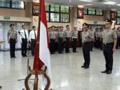 Pernyataan Tito itu disampaikan saat melantik 39 anggota kepolisian yang naik pangkat menjadi Komisaris Besar - foto: Bob/Koranjuri.com