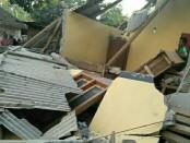 Sejumlah bangunan mengalami kerusakan akibat gempa 6,4 SR yang mengguncang Lombok, NTB, Minggu, 29 Juli 2018 - foto: Istimewa