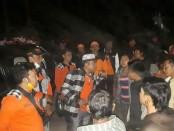 Relawan Pasebaya Agung turun ke lapangan untuk menenangkan masyarakat di wilayah KRB III - foto: Istimewa