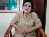 Kepala SMP Negeri 7 Denpasar, Titik Wahyani - foto: Koranjuri.com